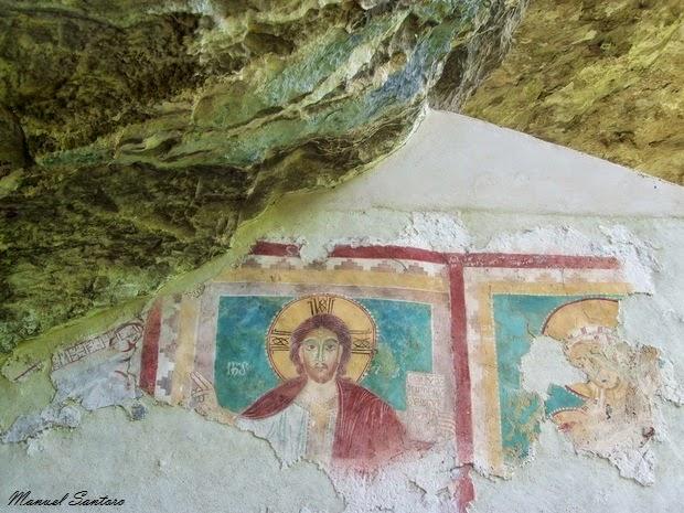 Roccamorice, Eremo di S. Bartolomeo in Legio