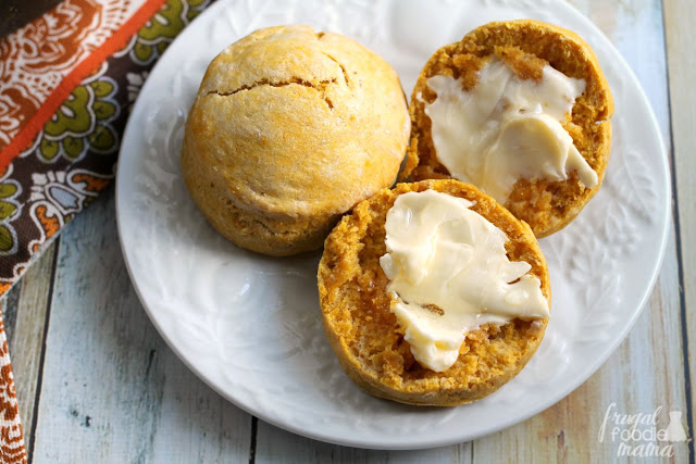 You just need 4 ingredients & 30 minutes to make these soft and fluffy Easy Pumpkin Cream Biscuits. Serve savory with your favorite soup or chili, or drizzle with honey for a sweet treat.