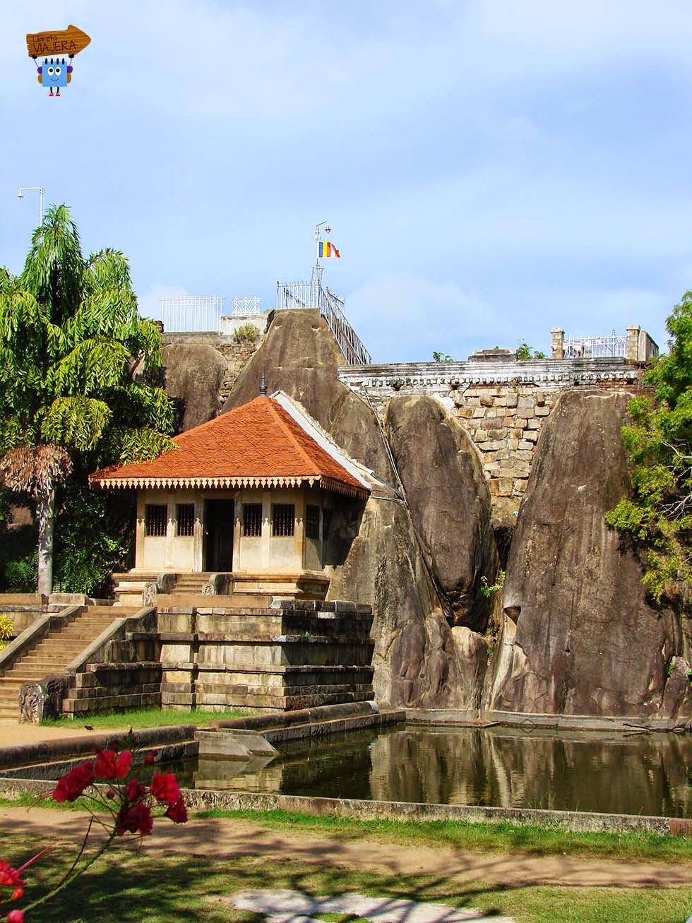 Isurumuni Raja MahaViharaya