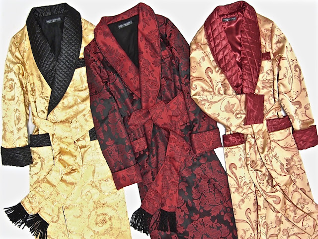 Mens luxury paisley silk dressing gown gentlemans quilted robe