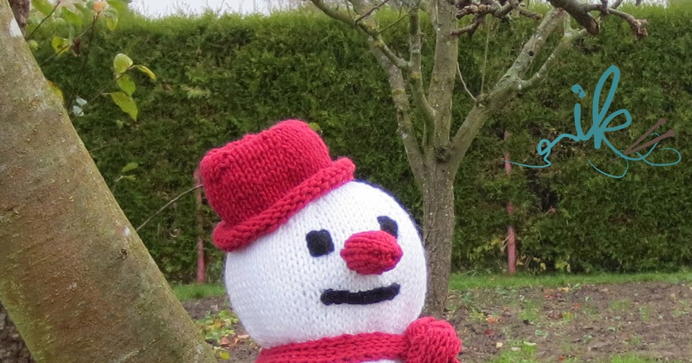 Schneemann Stricken Perfekte Winterdekoration