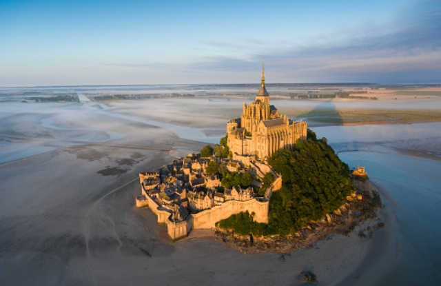 amazing tourist attractions in France
