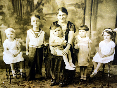 Julia Vereczki Nagy and Grandchildren Cleveland, Ohio 1932