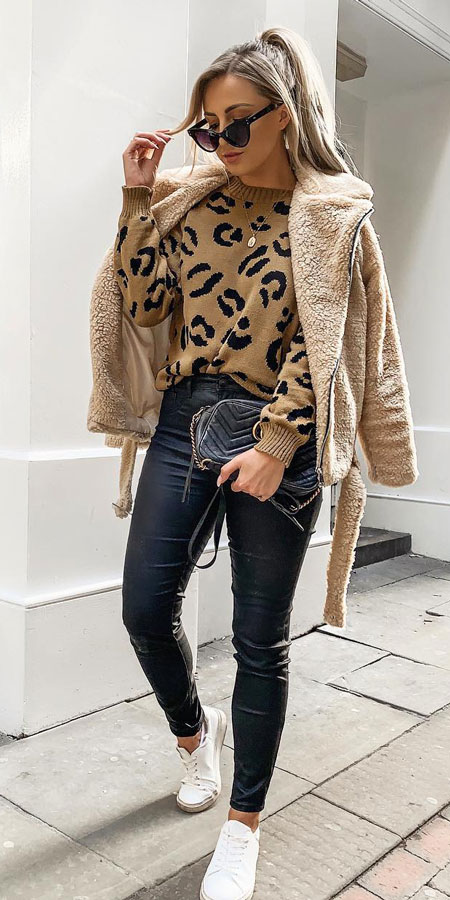 27+ Simple Winter Outfits To Make Getting Dressed Easy. fashion winter winter clothing winter style outfits casual style winter casual winter style fashion style winter #fashionable #fashionblogger #fashiondesign #fashionblog