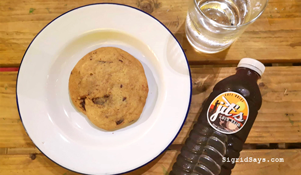 Bacolod Jerk Chicken - Jamaican cuisine - Jamaican food - Bacolod restaurants- Bacolod blogger - chocolate chip cookie - Jit's Cold Brew Coffee