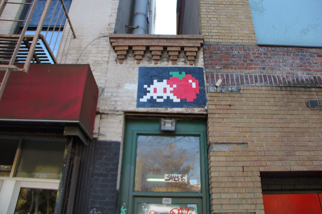 Mosaic Street Art By Space Invader On The Streets Of New York City, USA. 7