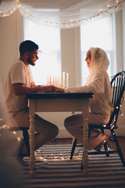 Romantic Couple Photos