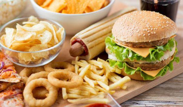 Η δυτική διατροφή αυξάνει τη φλεγμονή και την αθηροσκλήρωση