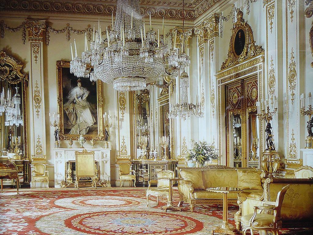 inside buckingham palace the queen's bedroom - HD1024×768