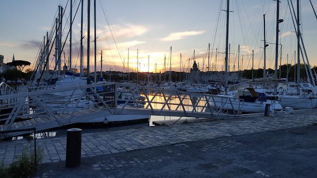 photo Vieux Port de La Rochelle, couché de soleil