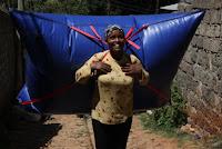 http://redeambientetv2.blogspot.com.br/2016/05/biogas-emmochila-abre-caminho-na-africa.html
