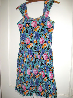 Vintage Floral Print Sweetheart Dress 1980s
