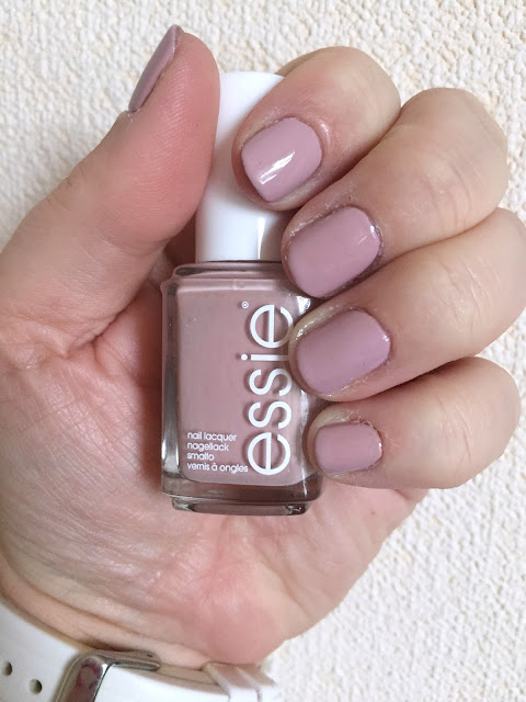 Essie Fall Collection 2016 - Go Go Geisha swatch