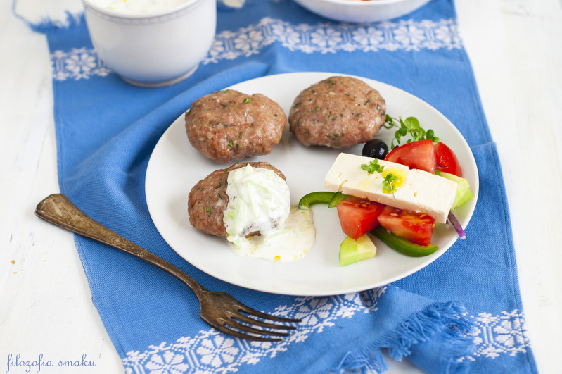 Greckie burgery z ziołami
