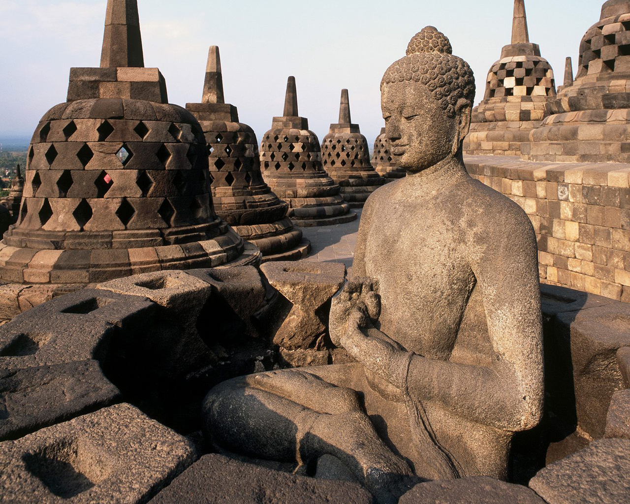 Borobudur Temple Republic of Indonesia Travel Guide  Borobudur Temple Republic of Indonesia Travel Guide | Travel Guide Ideas