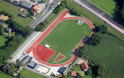 Afbeeldingsresultaat voor Atletiekbaan Aalten vanuit de lucht