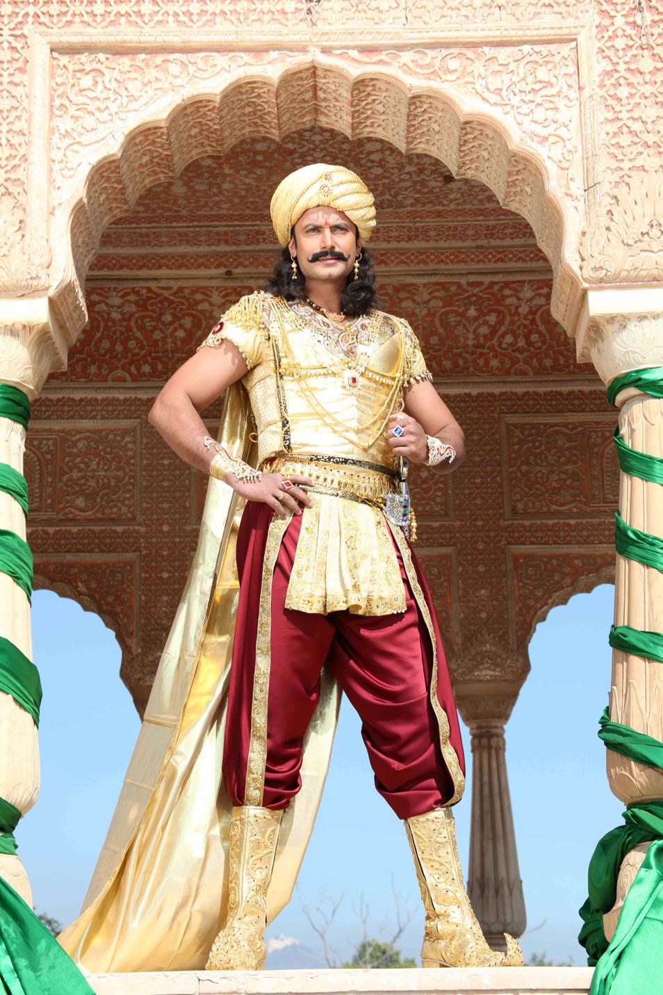 Darshan Sangoli Rayanna Photos Kannada Movie 2011 Stills -6239