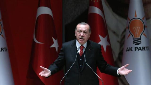 Erdogan advierte que Turquía no sucumbirá al 'chantaje' de EEUU