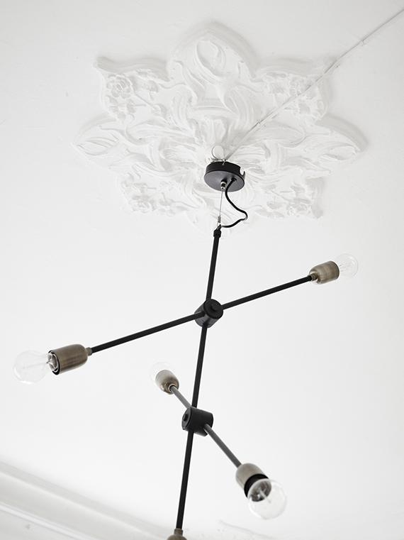 Modern branch chandelier and ceiling medallion via Stadshem