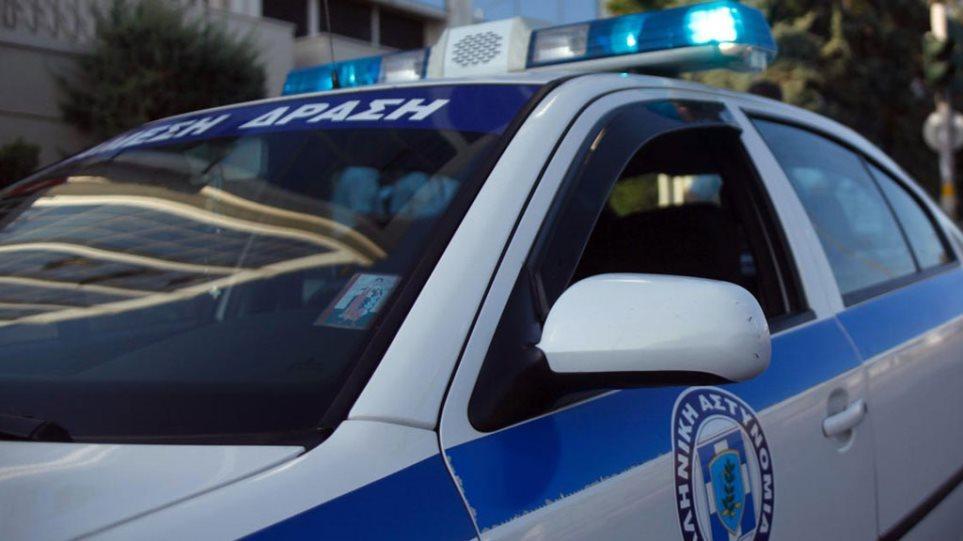 «Κάτι δεν κολλάει στην ιστορία» του χτυπημένου αστυνομικού στη Νίκαια.