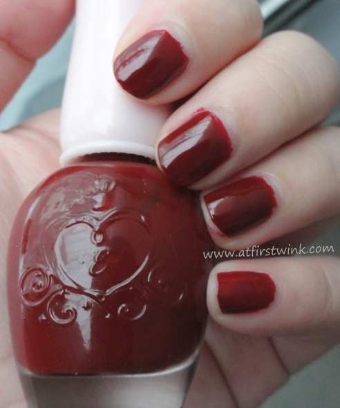 Etude House Dear My Deep Color nail polishes DRD301 - Why Wine
