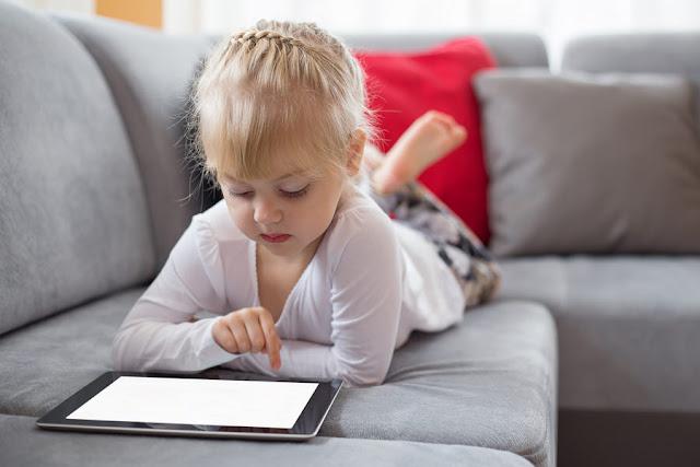 احمي طفلك وتعرف مع من يتحدث وماذا يتصفح من خلال هذا البرنامج السري