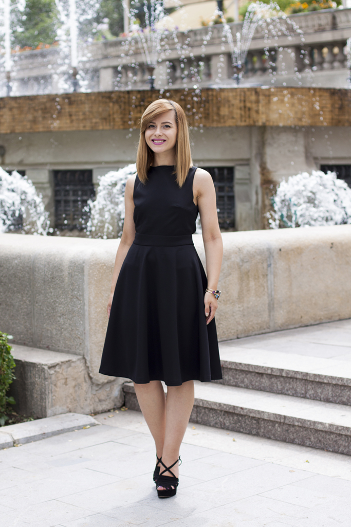 wardrobe essentials the little black dress