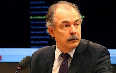 Aloizio Mercadante quis comprar silêncio de delator do PT