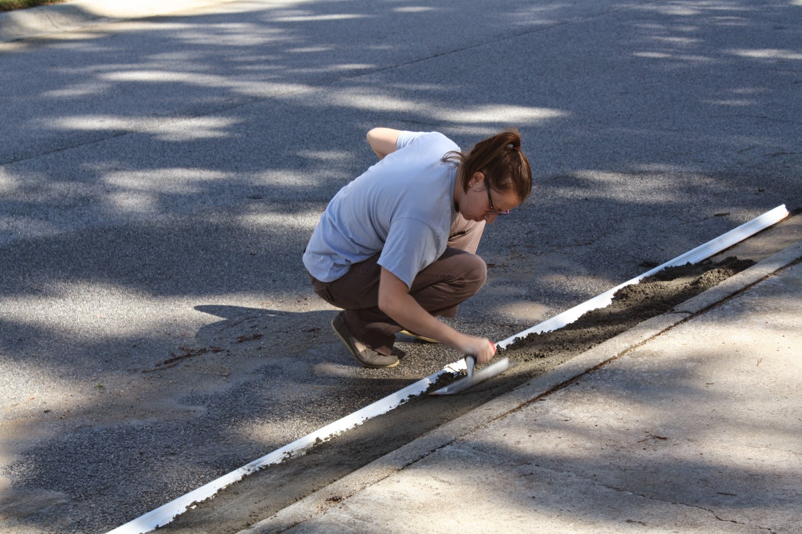 A Buyer's Guide to Rubber Ramps For Rolled Curb Driveway Entries
