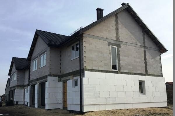dom w zabudowie szeregowej, ocieplenie, dom od dewelopera