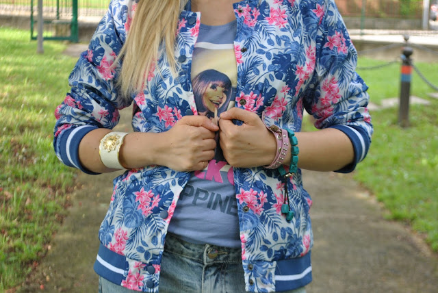 bracciale manchette bomber stampa tropical accessori estate 2016 bracciali estate 2016 majique london bracciale majique london mariafelicia magno fashion blogger color block by felym fashion blogger italiane
