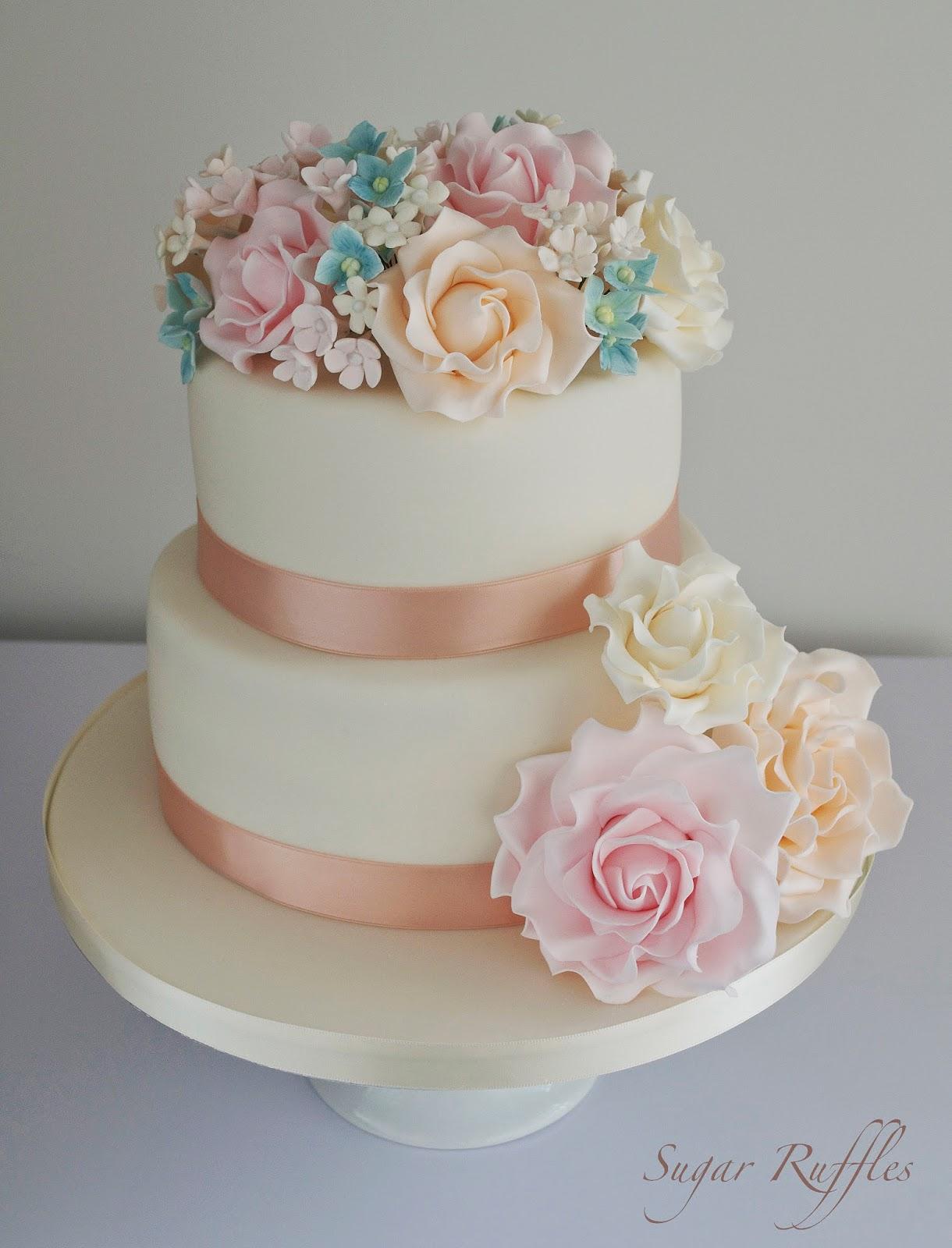 floral wedding cake. Black Bedroom Furniture Sets. Home Design Ideas