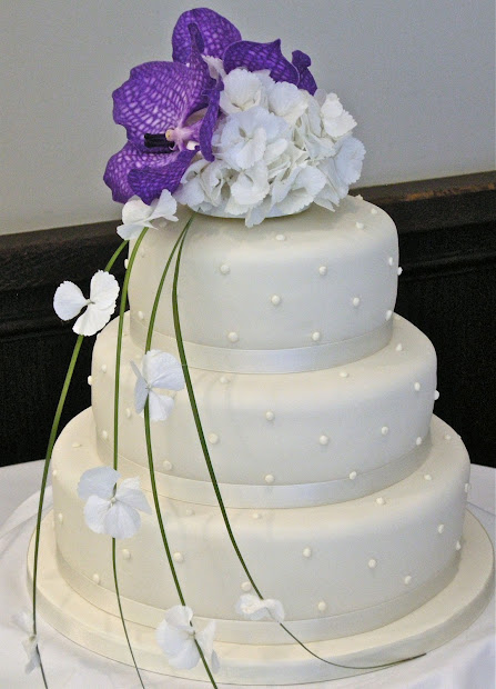 White with Purple Orchids Wedding Cake