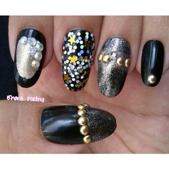 NOTD black nail polish nailart
