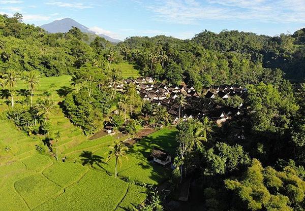 Tempat wisata di garut Kampung Naga