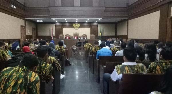 Saksi Sidang : Semua Anggota Komisi VIII Terima Uang Korupsi Alquran