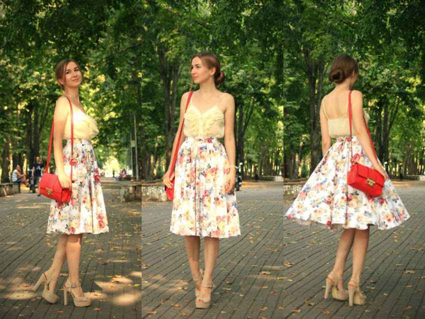 Midi skirt flower pattern fashion blog Russia