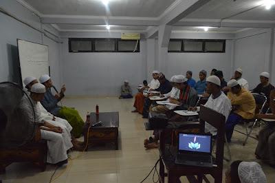 Helat Latihan Dasar Insya Sebagai Pengembangan Literasi Berbasis Arab