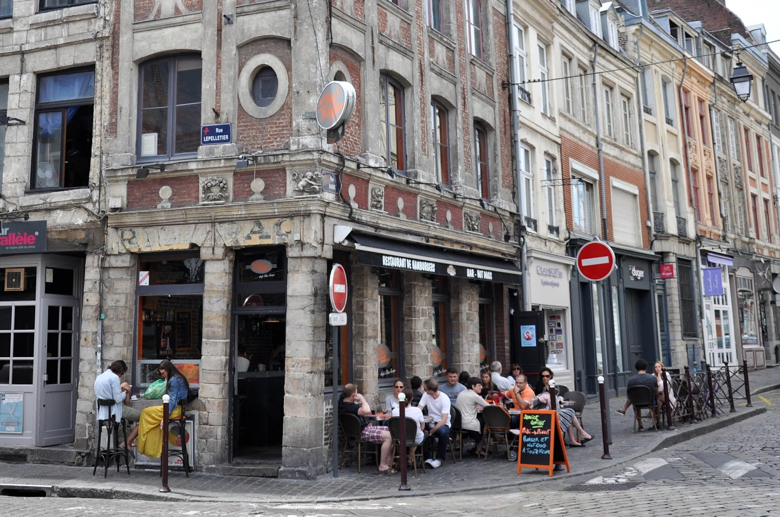 People having brunch, Lille, France