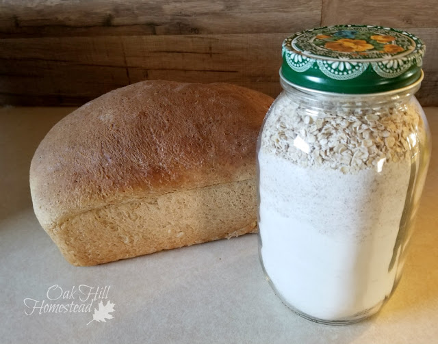 Gifts in a jar: bread mix