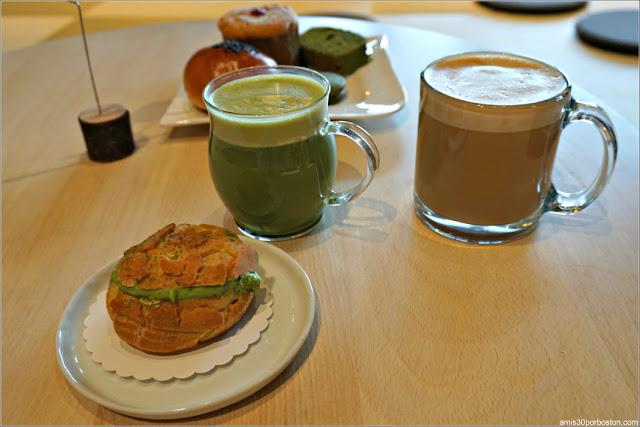 Tetería Gen Sou En: Bebidas de Matcha y Miso Latte Espresso y Bollería