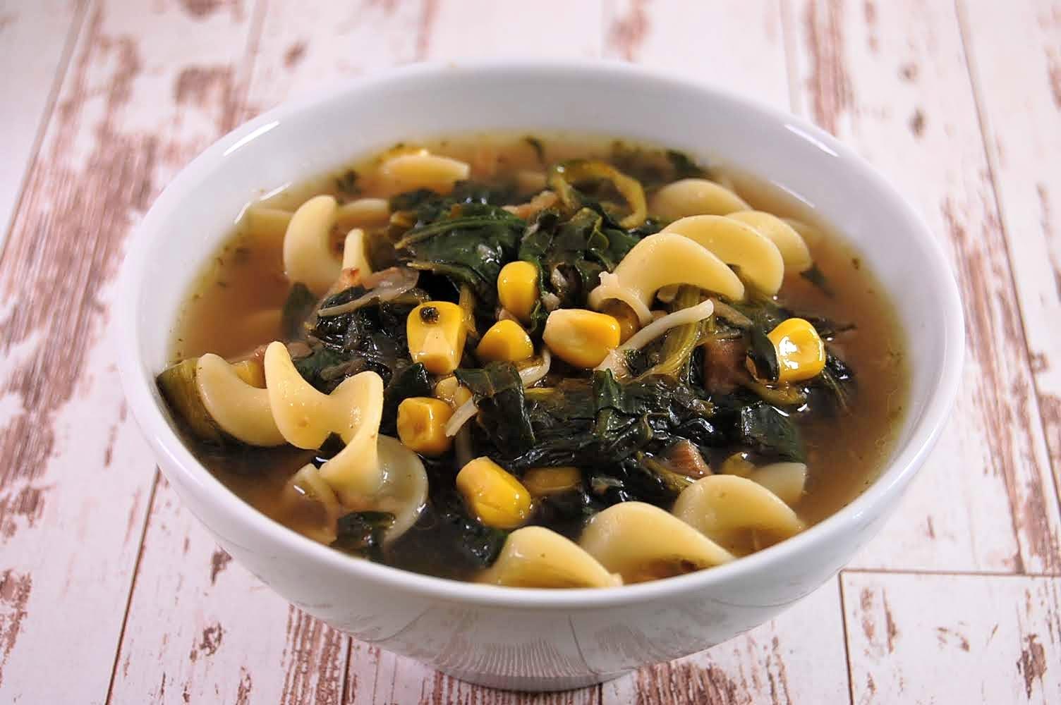 Sayur Asam - Frisch-Säuerliche Gemüsesuppe