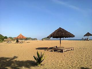 Pantai Bajul Mati, Pemandangan Alam Yang Indah Dibalik Nama Seramnya