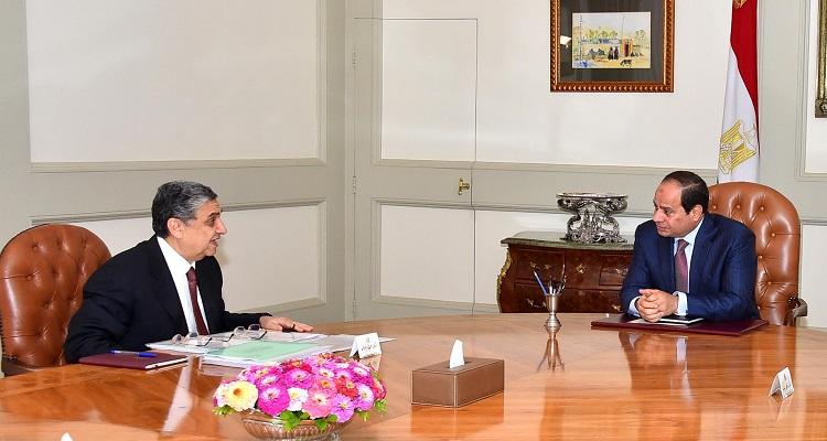وزير الكهرباء المصري محمد شاكر يفاجئ المصريين بخبر صادم للجميع