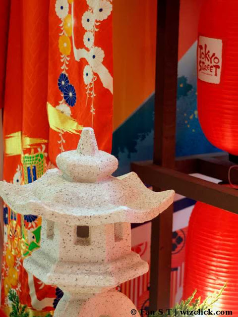 Decorative Japanese lantern and kimono