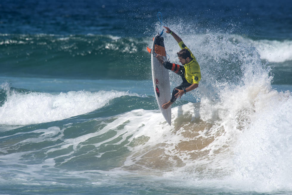 33 Vincente Romero 2016 Australian Open of Surfing foto WSL Smith