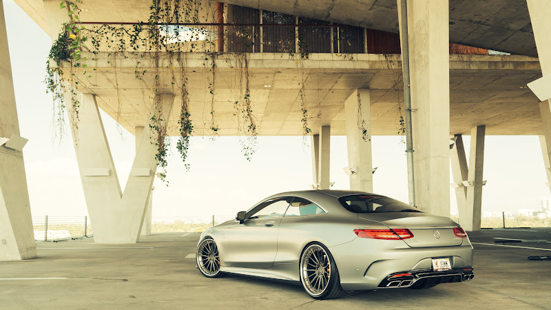 Mercedes S63 Coupe AMG HD 2