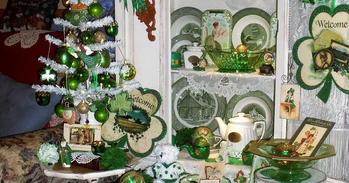 DEBBIE-DABBLE BLOG: St. Patrick's Day Tree and Decorations ...