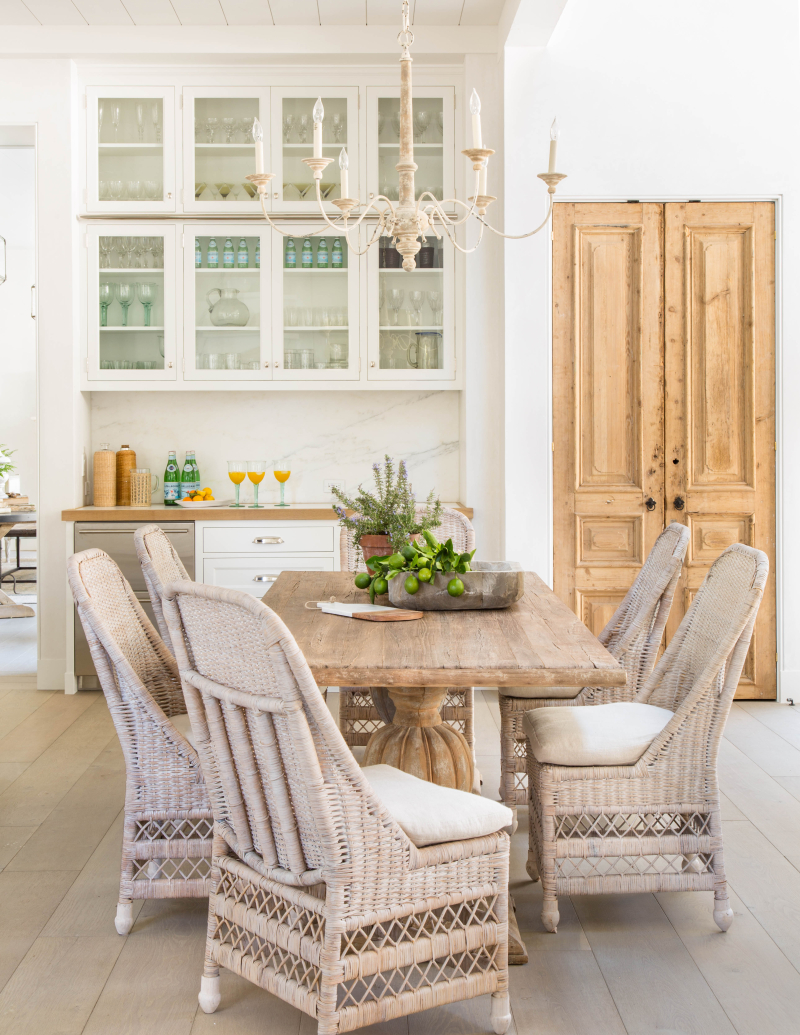 Get the Look! 15 Decorating Ideas From A Dreamy Kitchen in a Modern ...