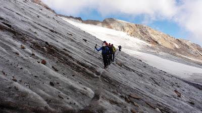 refugio-gnifetti-monte-rosa-italia-enlacima-alpes